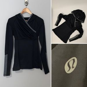 lululemon athletica Jackets & Coats - Lululemon Blk/Grey Women's Run Jacket -SZ 2